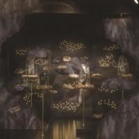 创意橱窗展示美陈 场地布置道具 景观雕塑 大型泡沫雕塑