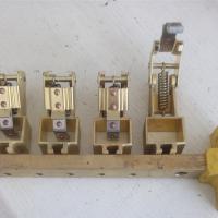 华海供应生产Z4电机刷架直流电机刷杆ZQ-4刷架铜电机刷架